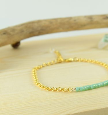 Gold mint green bar seashell bracelet 1
