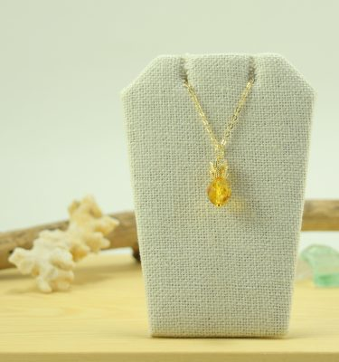 Gold topaz pineapple necklace 1