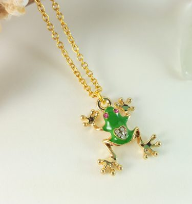 frog-gold-necklace-3