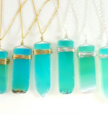 aqua-agate-slice-necklace-silver-and-gold