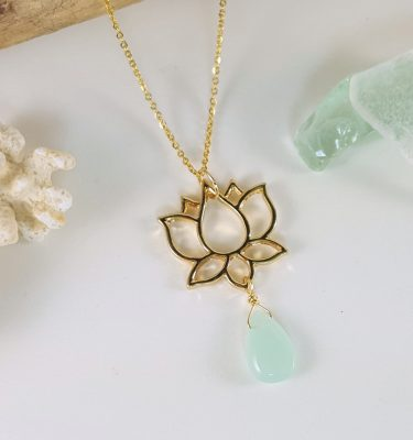 Gold large lotus necklace 2