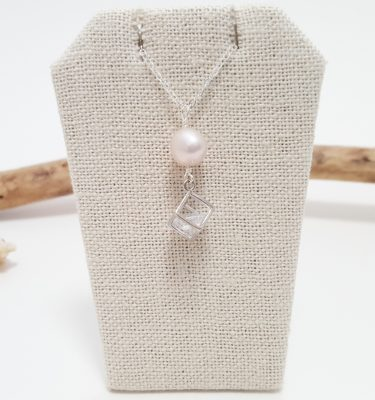 Freshwater pearl crystal cube necklace silver 1
